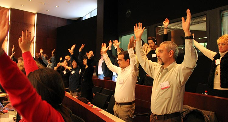 Lectra-event-hands-raised